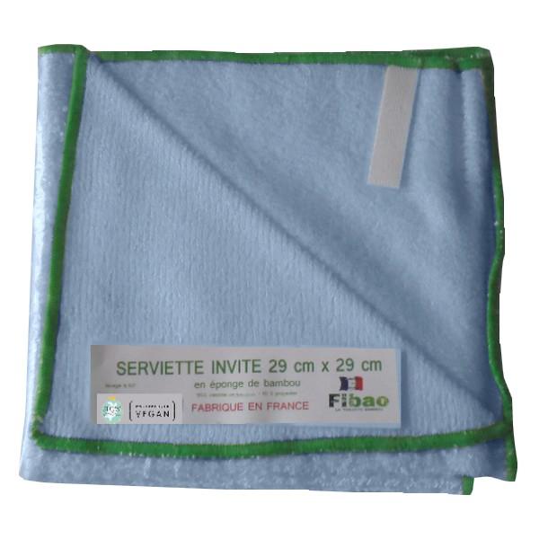 serviette pour le change de bébé bleu ciel